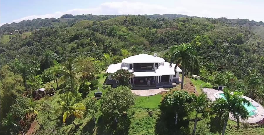 2 Bedroom Hill Top Home For Sale Los Puentes Samana