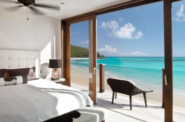 Beachfront apartments for sale, Antigua - bedroom