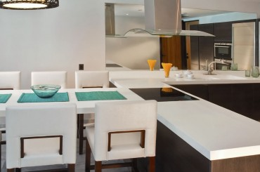 Beachfront apartments for sale, Antigua - kitchen & dining room