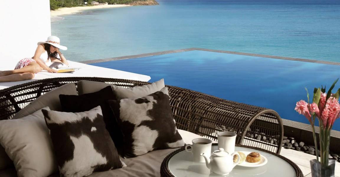 Beachfront home for sale, Antigua - pool & view