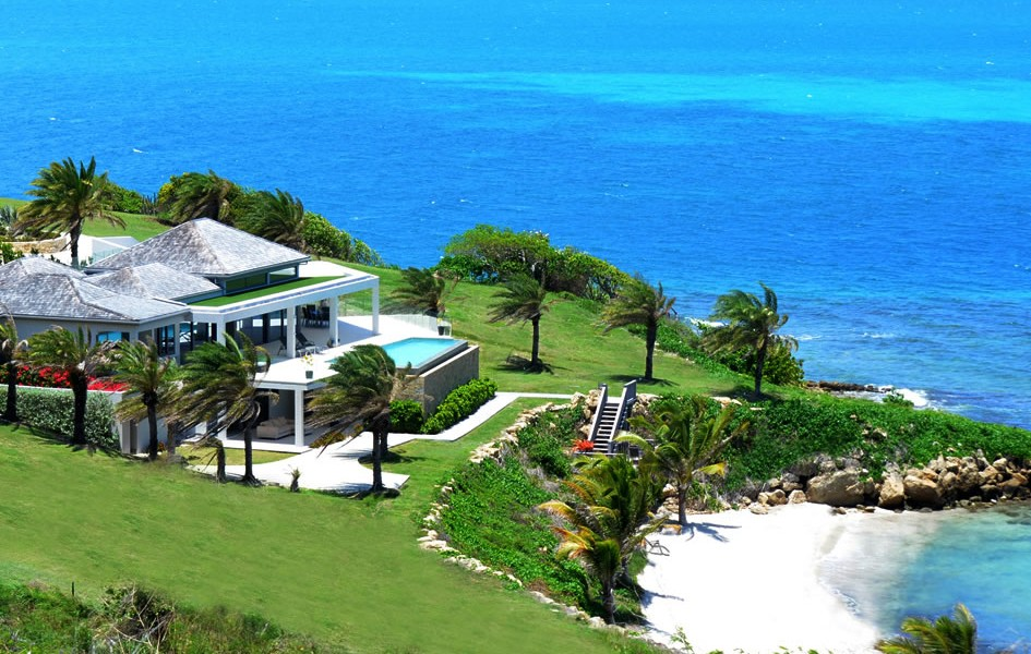 6 bedroom beach house with private beach for sale for Private estates for sale