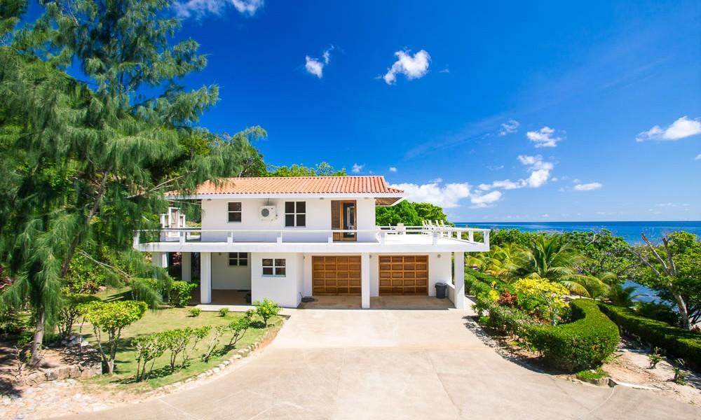 2 Bedroom Beach House For Sale Calabash Bight Roatan