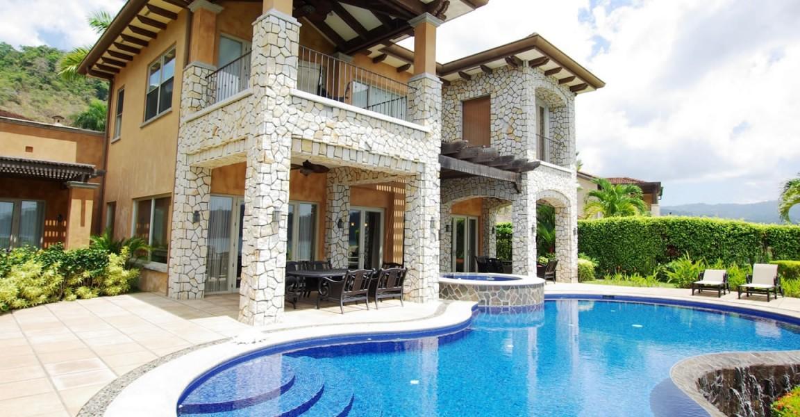 5 Bedroom Oceanfront Home For Sale Herradura Puntarenas