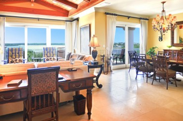 Luxury condos for sale, Great Exuma, Bahamas - dining & living