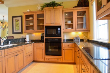 Luxury condos for sale, Great Exuma, Bahamas - kitchen