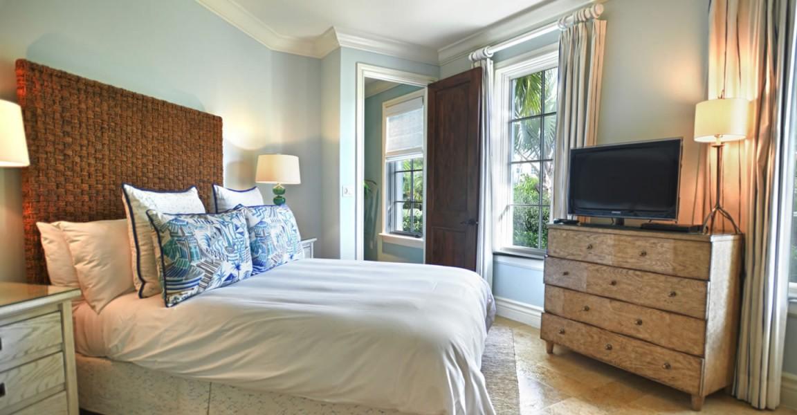 Luxury condos for sale, Great Exuma, Bahamas - bedroom