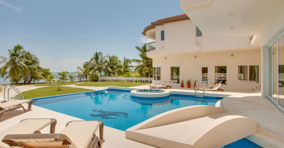 5 Bedroom Beachfront Home For Sale, North Ambergris Caye, Belize