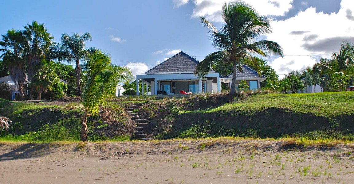 2 bedroom luxury beachfront homes for sale cades bay for Luxury beachfront property for sale