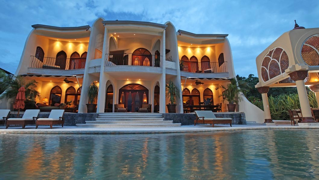 Magnificent 6 bed moroccan style home faro escondido for Costa rica luxury homes for sale