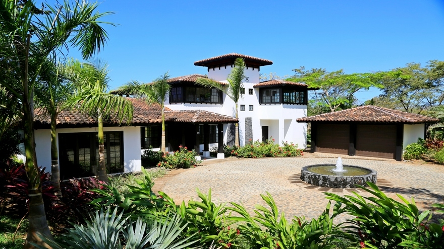 4 bedroom luxury home for sale hacienda pinilla for Costa rica luxury homes for sale