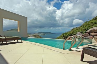 Luxury home for sale in St Kitts, Southeast Peninsula - pool