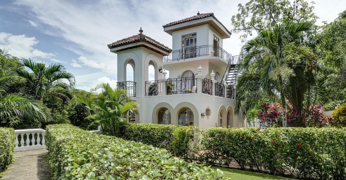 Opulent 10 Bedroom Luxury Property For Sale, Puntarenas, Costa Rica