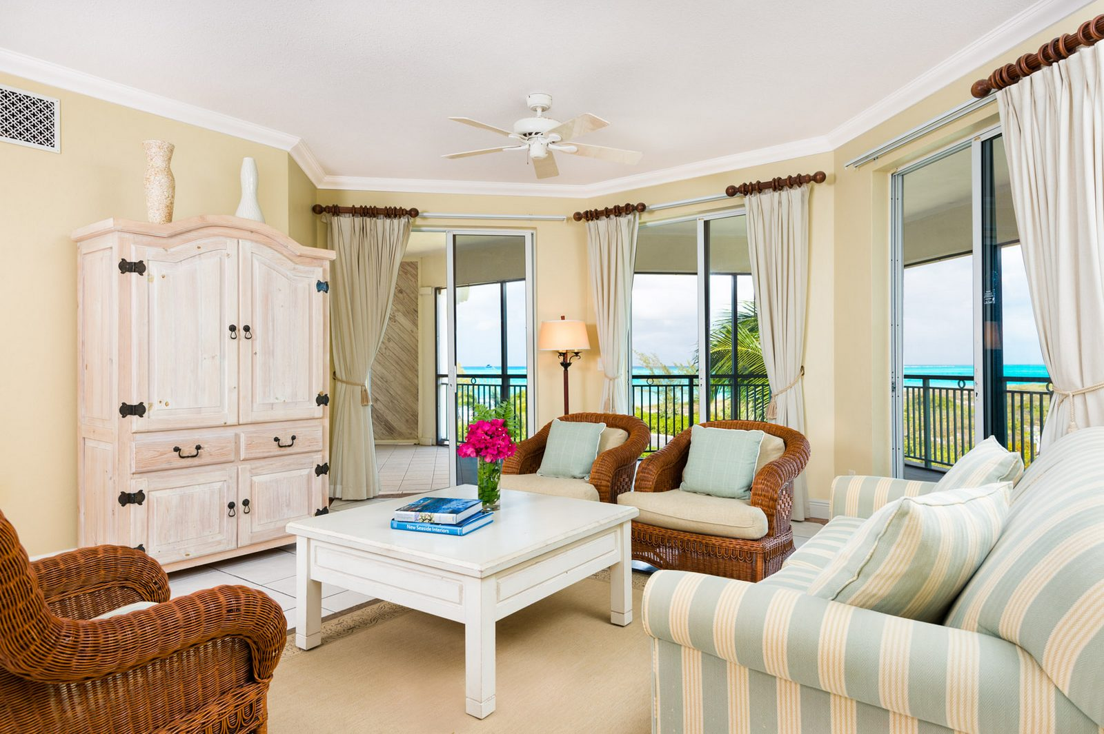 1 bedroom suites for sale grace bay turks and caicos 6 for Bedroom suites for sale