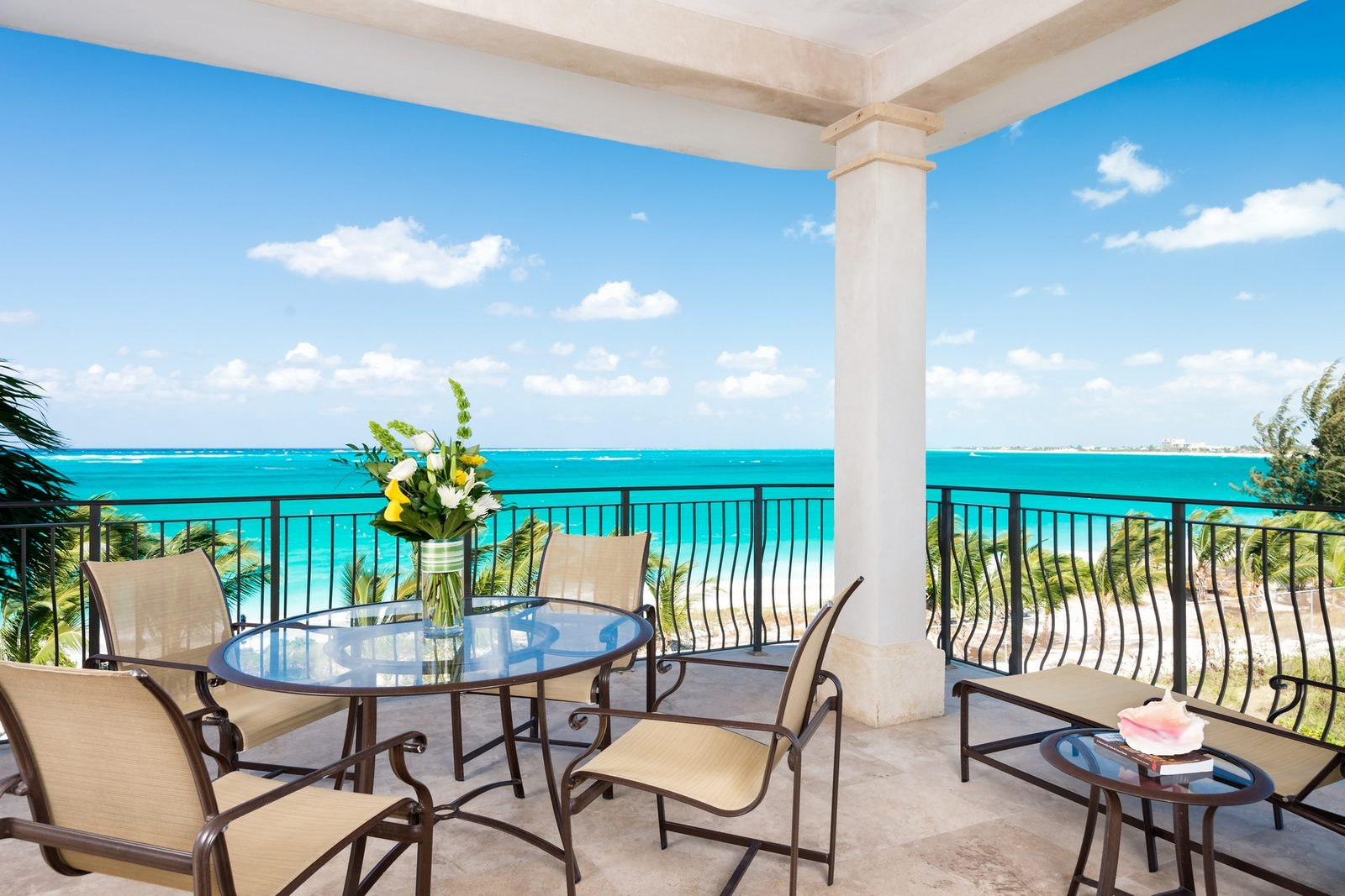 7 Bedroom Homes For Sale 3 Bedroom Luxury Apartments For Sale Grace Bay Turks And