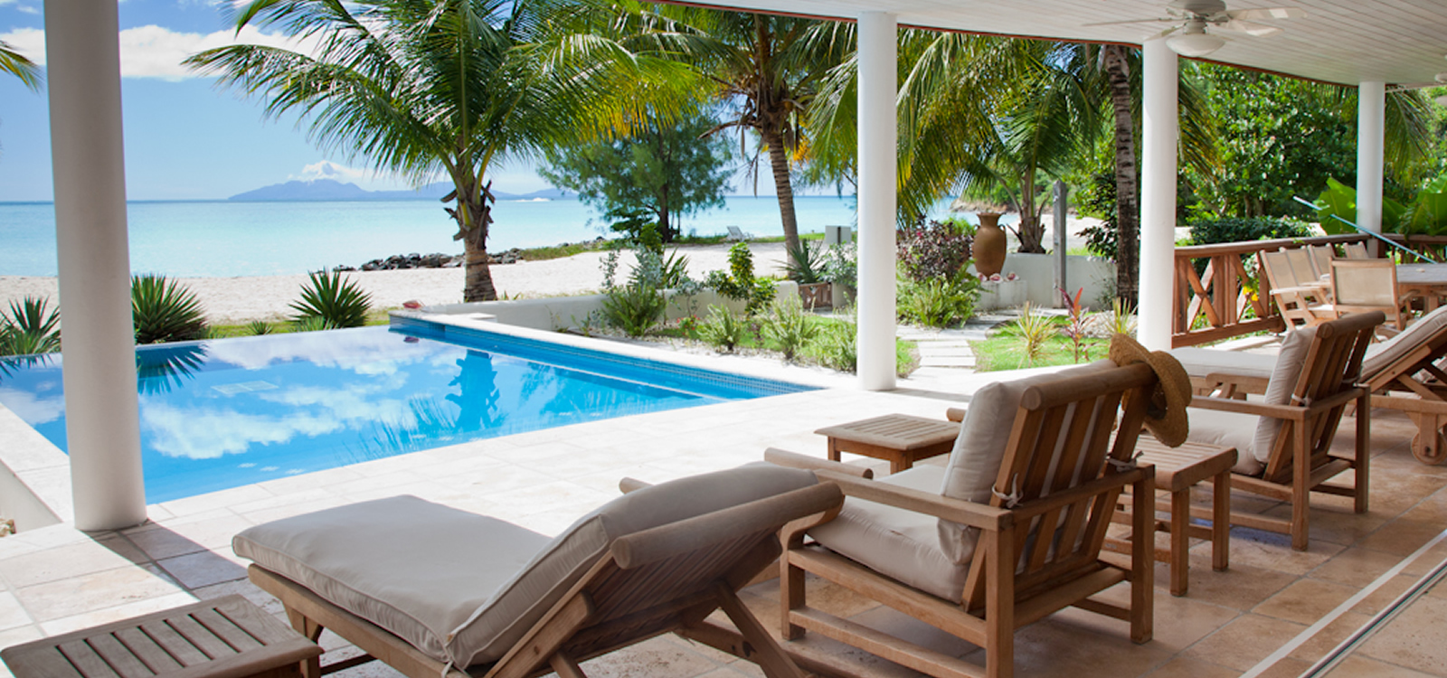 5 bedroom luxury beachfront property for sale jolly for Luxury beachfront property for sale