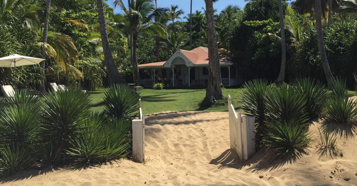 Dominican Republic hotel for sale in Las Terrenas, Samana - restaurant for sale on Playa Coson