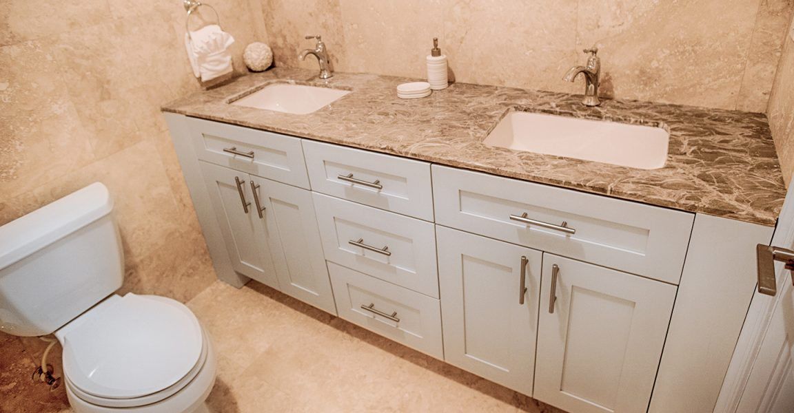 Homes for sale in New Providence, Bahamas - kitchen