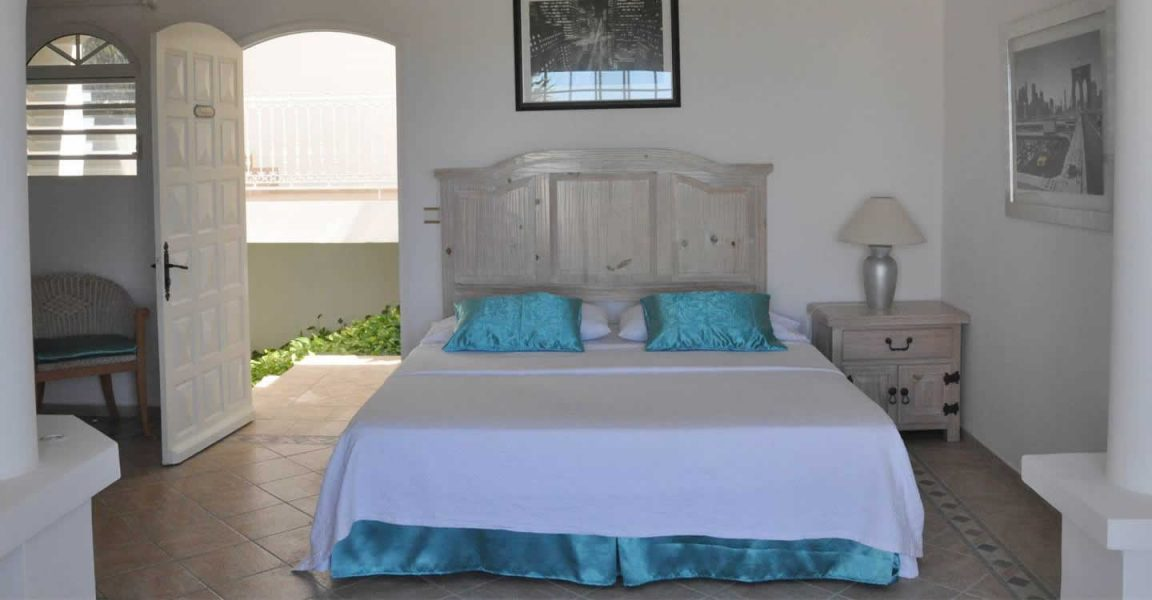 6 bedroom luxury home for sale plum bay terres basses for Exclusive plum bedroom