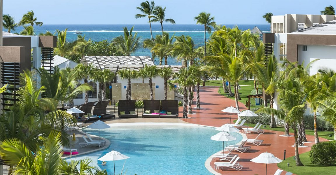 2 bedroom beachfront condos for sale punta cana for Homes for sale dominican republic punta cana