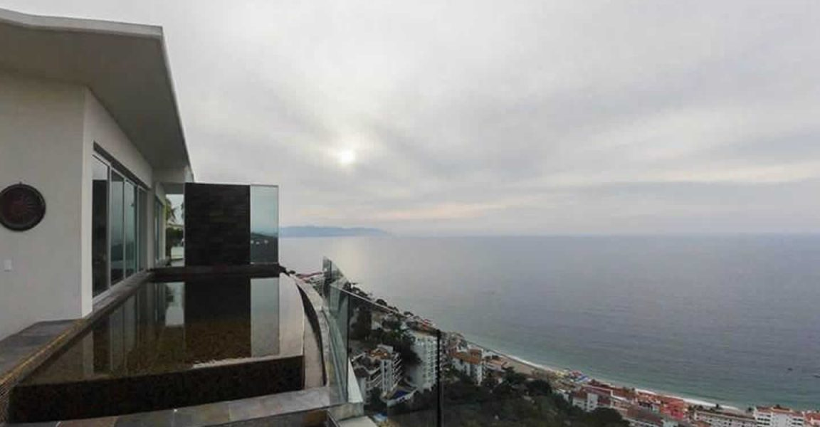 3 bedroom luxury penthouse apartment for sale puerto for Penthouse apartment for sale