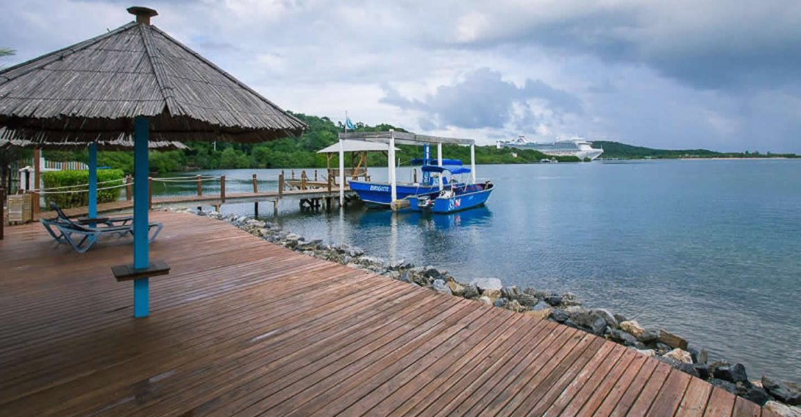 dive resort for sale dixon cove roatan 7th heaven