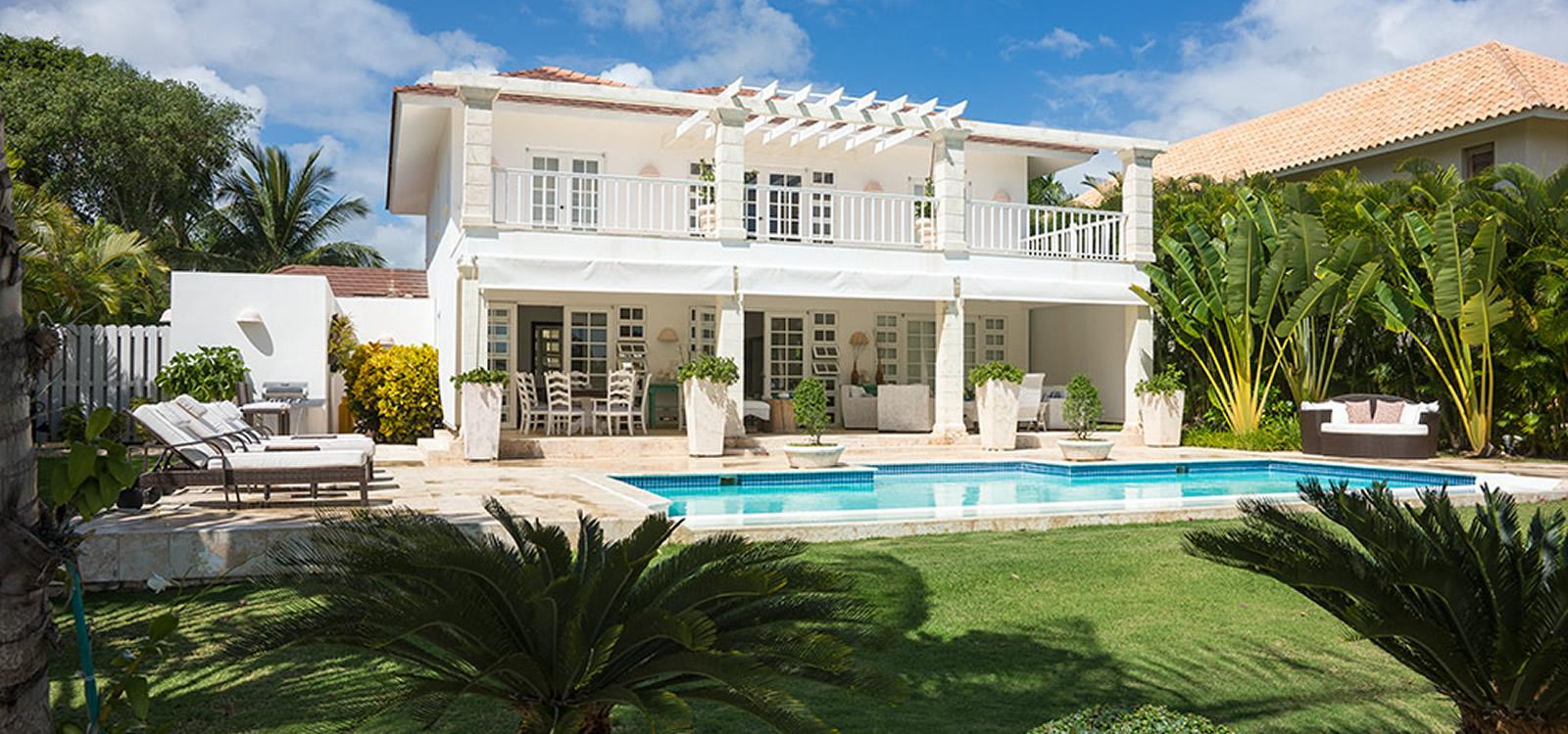 Charming 4 bedroom villa for sale in punta cana dominican for Villas en punta cana