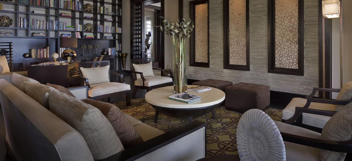 Bahamas, Paradise Island - Ultra-Luxury Home for Sale - Living Room