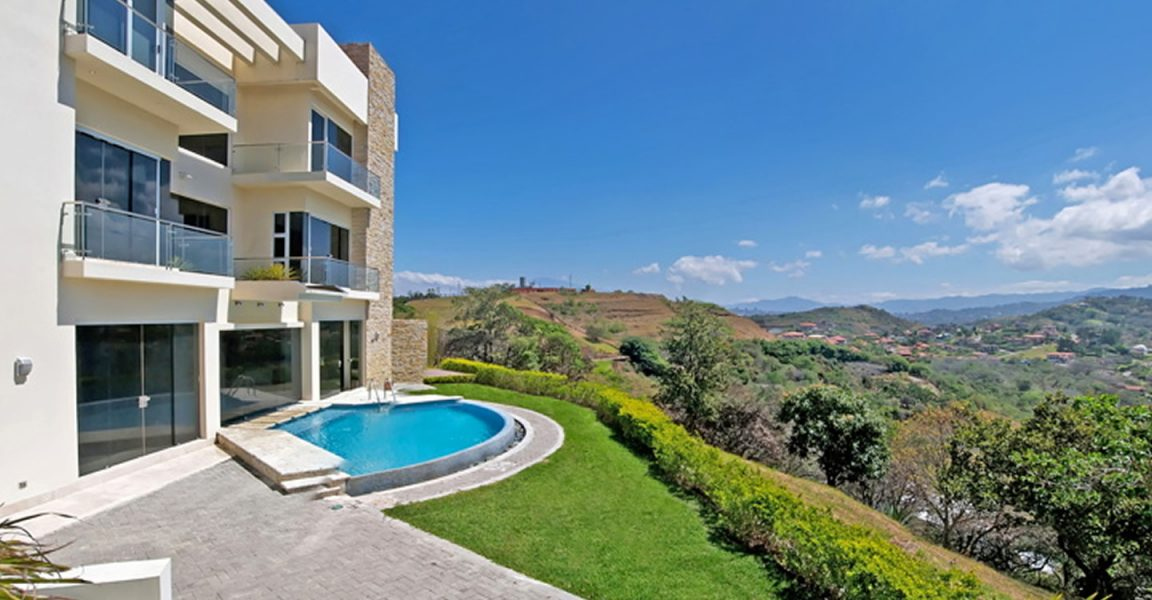 6 bedroom luxury house for sale villa real santa ana for Costa rica luxury homes for sale