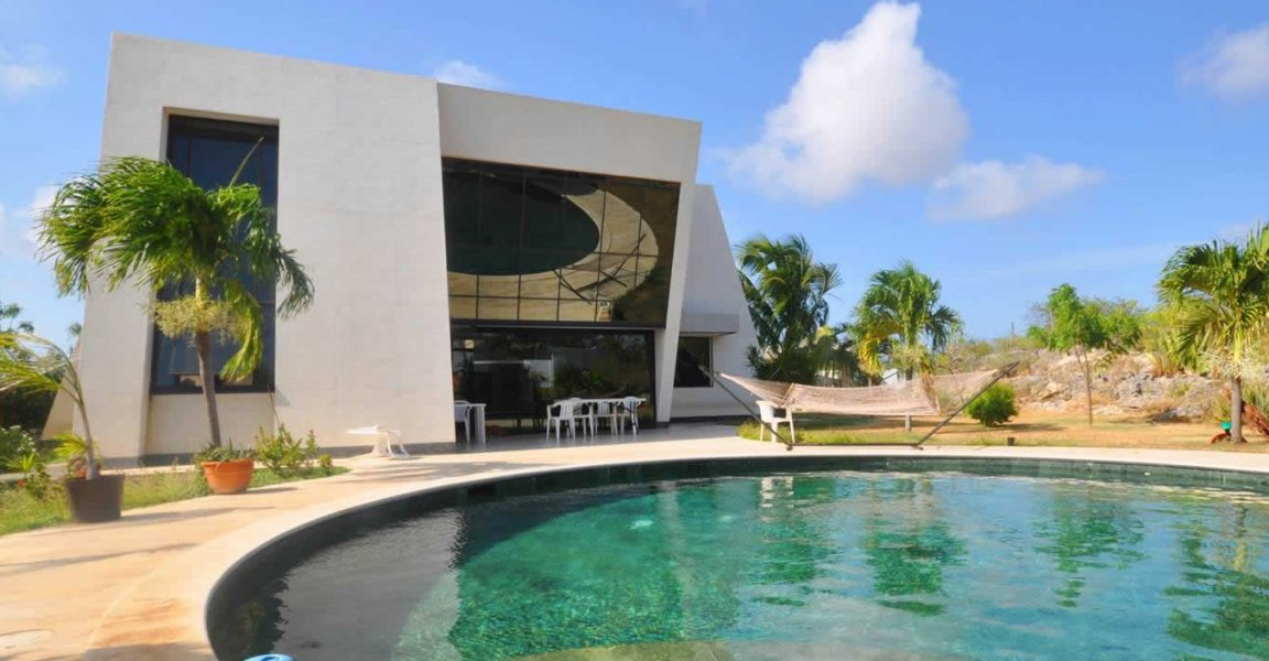 6 bedroom contemporary house for sale belnem bonaire 7th heaven properties - 6 Bedroom House For Sale
