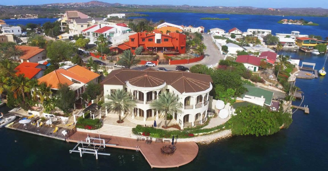 4 Bedroom Waterfront Home For Sale Jan Sofat Curacao