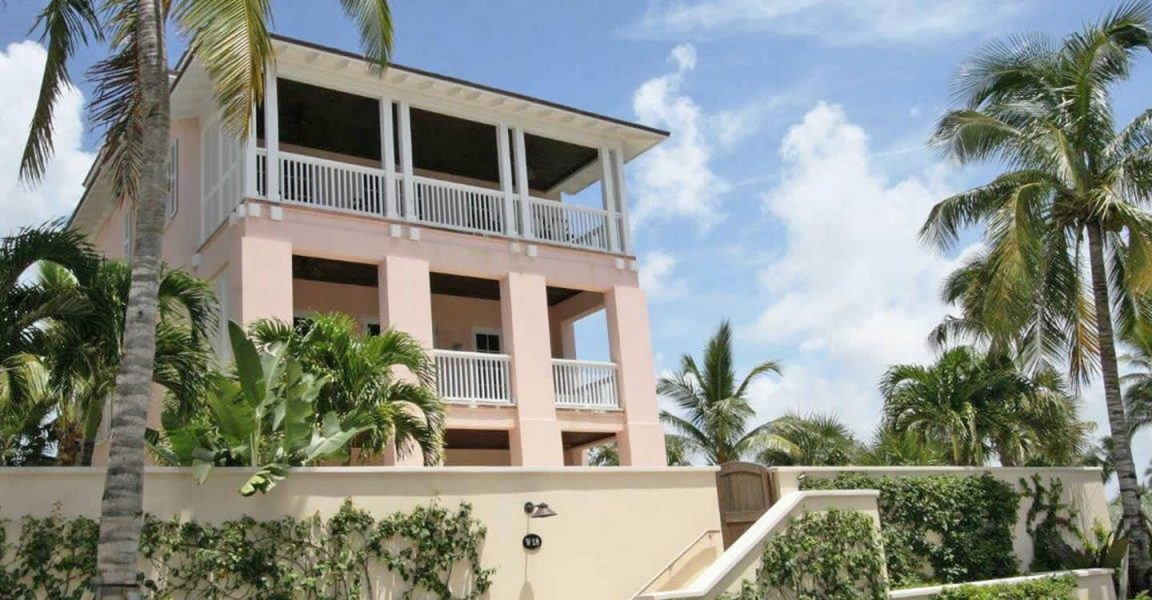 summary of villa for sale Private sale - summary we are pleased to offer for sale this perfectly located 5 bedroomed villa that has been in our family since 1999.