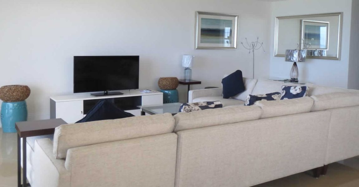 5 Bedroom Beachfront Townhouse For Sale Love Beach New Providence Bahamas 7th Heaven Properties