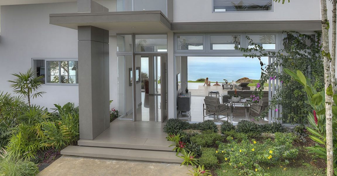 3 bedroom luxury home for sale dominical puntarenas for Luxury homes for sale in costa rica