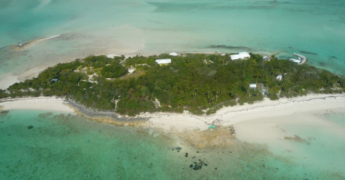 5 bedroom private island home for sale andros bahamas for Bahamas private island for sale