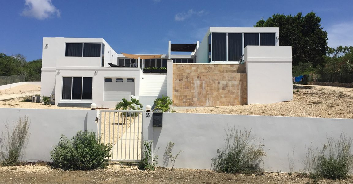 3 bedroom ultra modern villa for sale sabadeco terrace for Ultra modern houses for sale