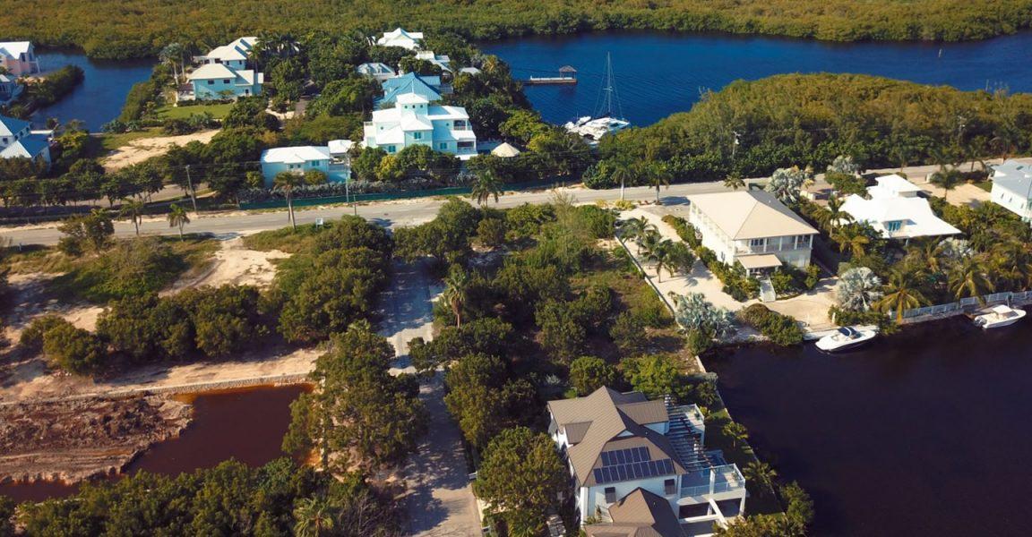 Cayman Islands Yacht Club Map