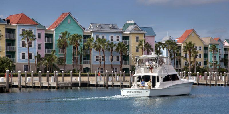 Waterfront condos in Nassau, Bahamas