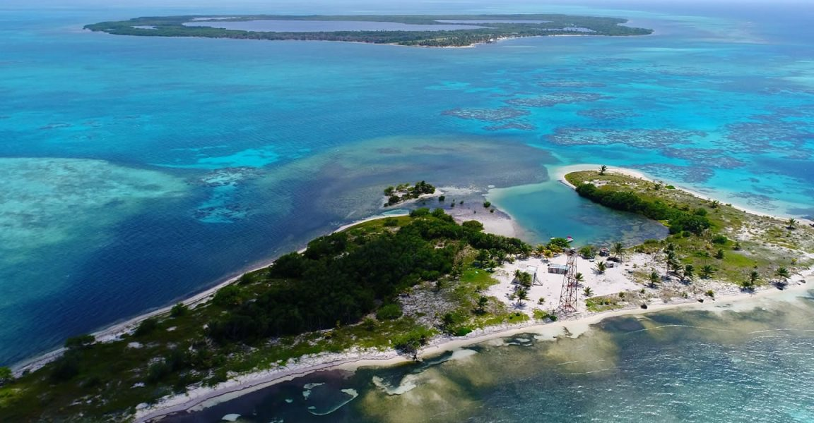 Pair of Island's for Sale in Lighthouse Reef Atoll, Belize - 7th Heaven Properties