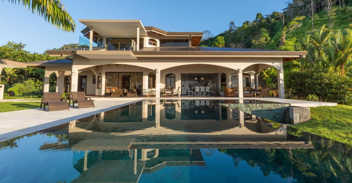 8 bedroom luxury estate for sale escaleras puntarenas for Costa rica luxury homes for sale