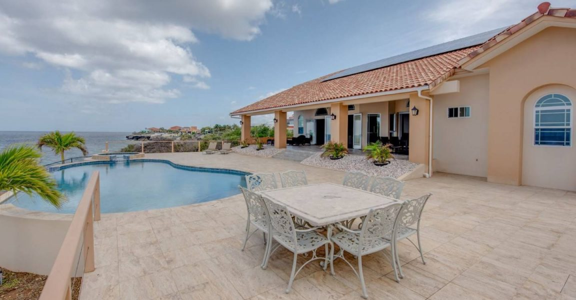6 bedroom waterfront home for sale coral estate curacao for 5 6 bedroom houses for sale
