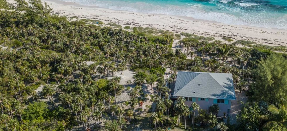 Beach house for sale in Eleuthera, Bahamas
