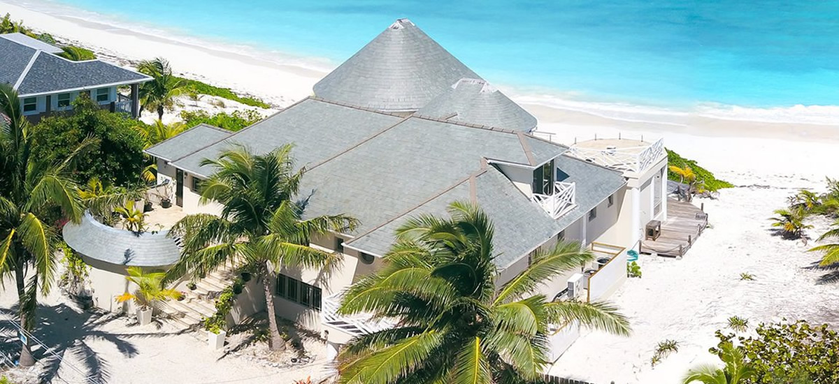 Beachfront house for sale in Tar Bay, Exuma in The Bahamas