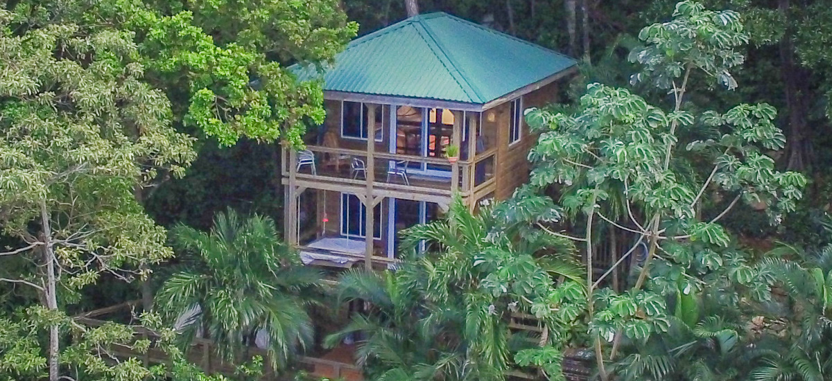 Home for sale in West Bay, Roatan