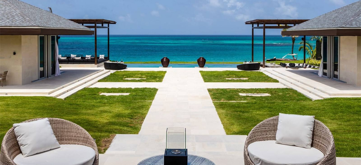 Luxury beachfront estate for sale in Eleuthera, Bahamas