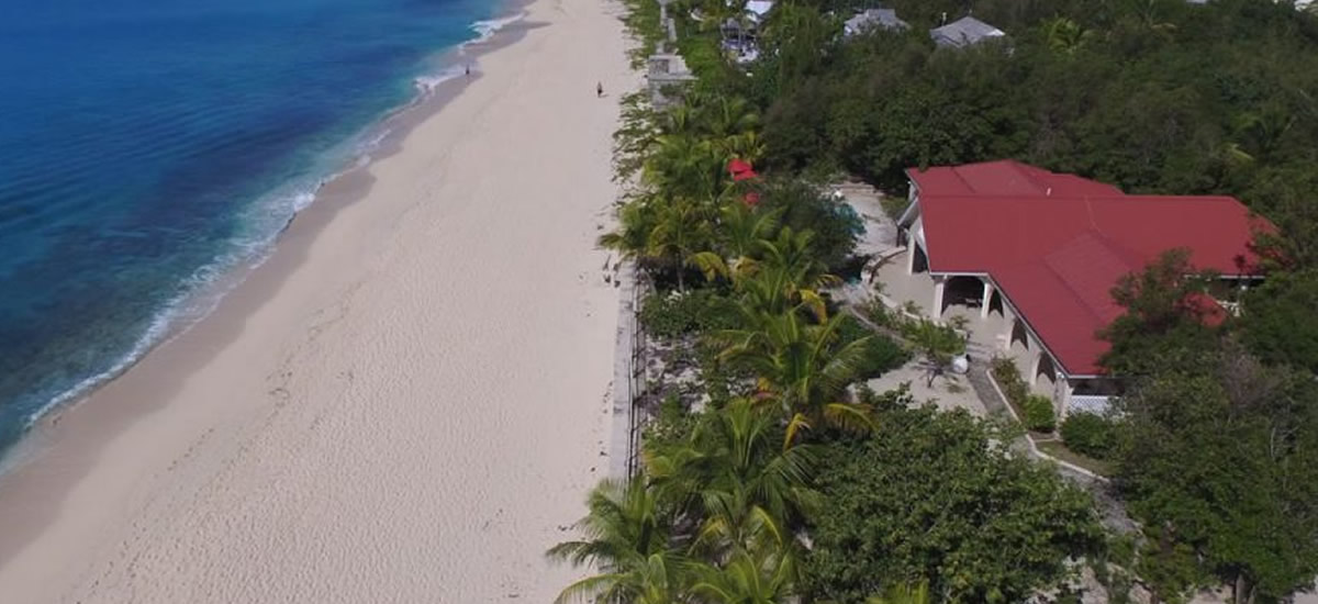 Beach house for sale in Terres Basses, St Martin