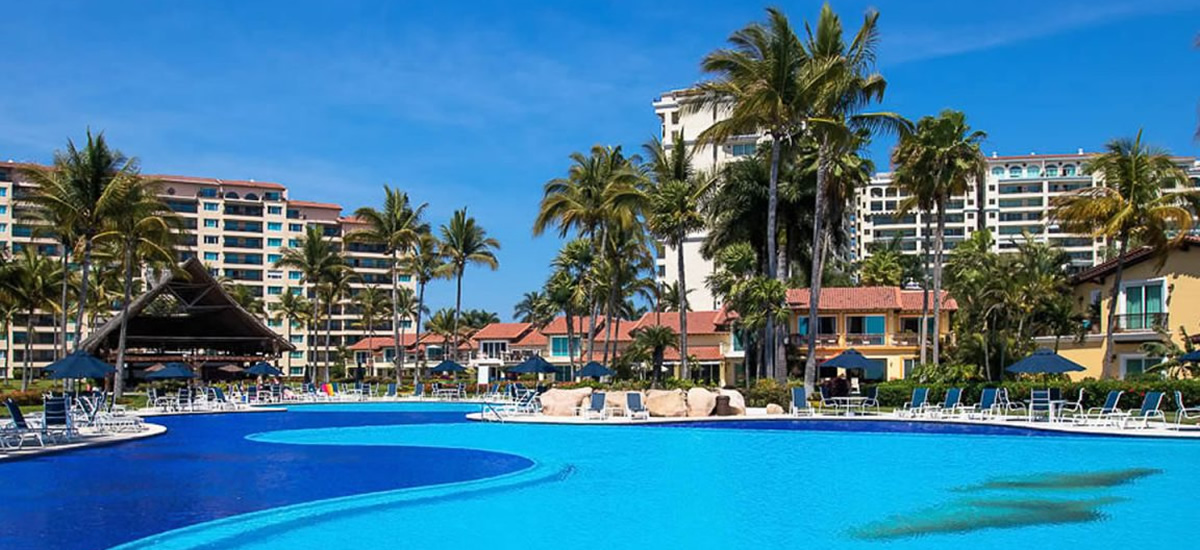 Beachfront apartment for sale in Marina Vallarta