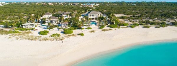 Luxurious mansions on the beach in the Caribbean