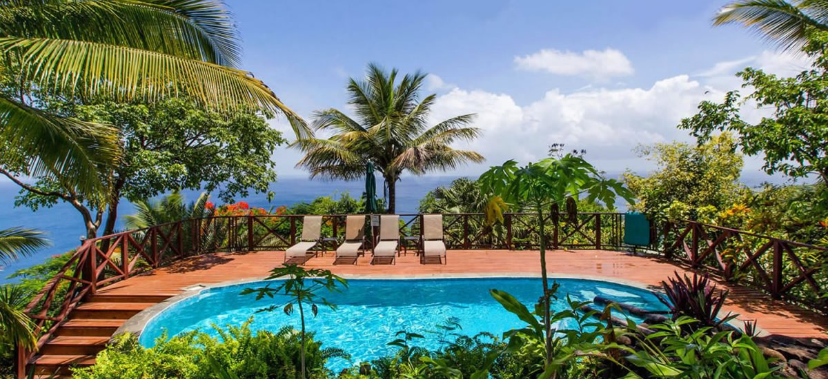Guest house for sale in Marigot Bay, St Lucia