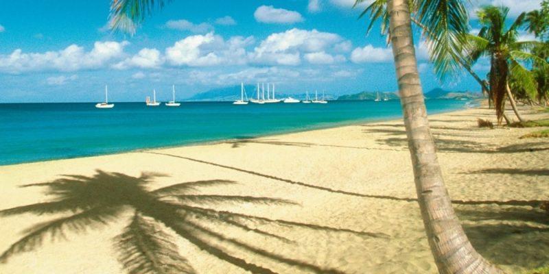 Pinneys Beach, Nevis