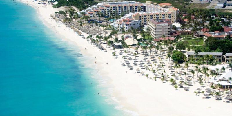 Beautiful beach in Aruba